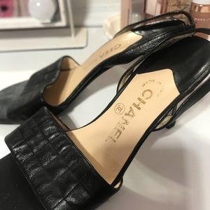 CHANEL Shoes - CHANEL VINTAGE SLINGBACK HEEL